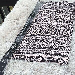Stretchy print high waisted print skirt